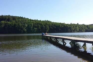 Jezero s molem